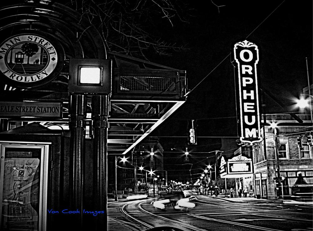 Photo in Cityscape #night photography #orpheum theatre #memphis tennessee