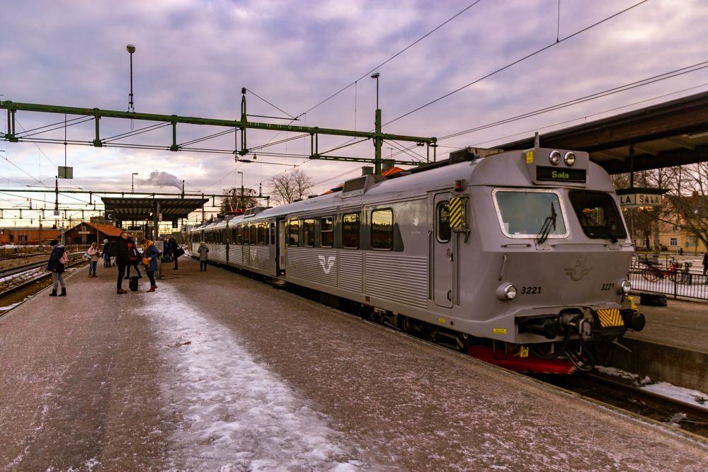 Photo in Cityscape #railway station #train #winter