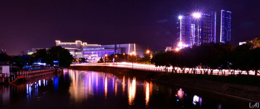 Photo in Random #river #night #slow #shutter #speed #light #surabaya #panoramic