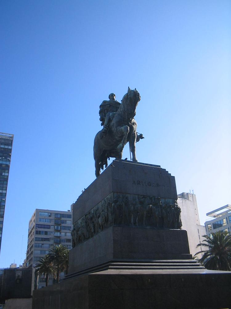 Photo in Cityscape #artigas #montevideo #uruguay #plaza independencia