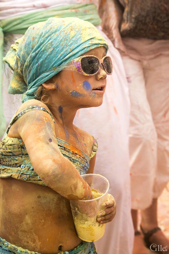 Photo in Portrait #holi #madrid #lavapies #monsoonholi #españa #spain #chica #girl #niña #colour #dust #polvos #galle #miguel gallego #photo #photographer #photography