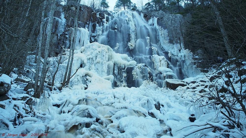 Photo in Landscape #ice #frosen #waterfall