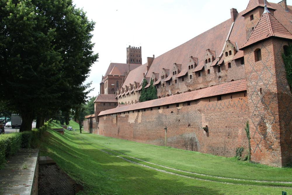 Photo in Architecture #crusader #castle #poland #malbork #knight