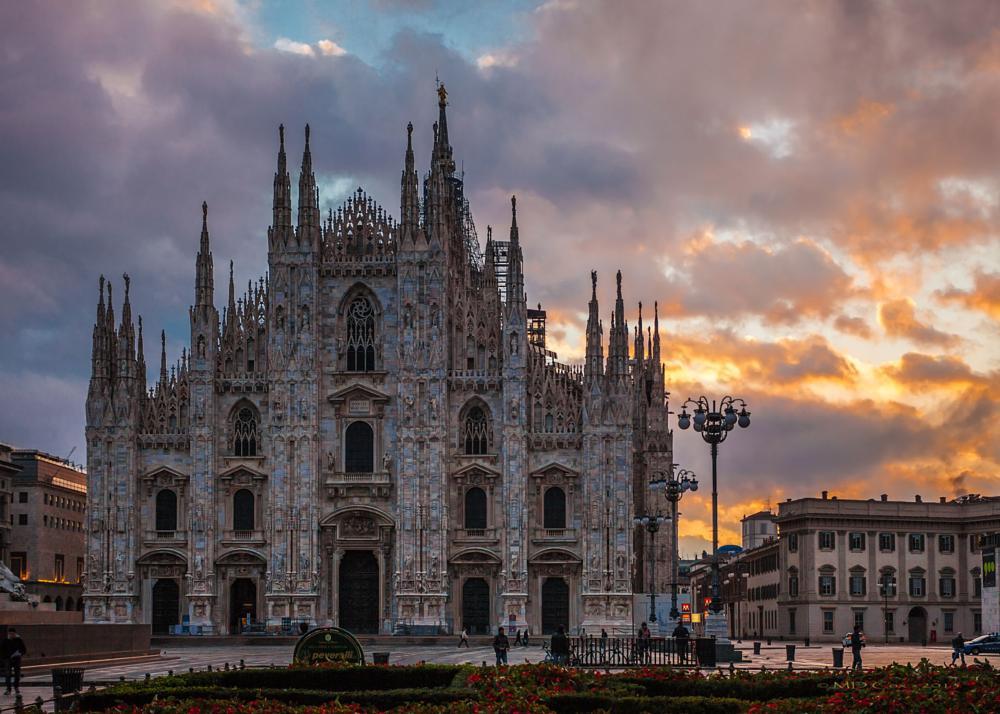 Photo in Cityscape #duomo di milano #cathedral #milan #italy #sunrise