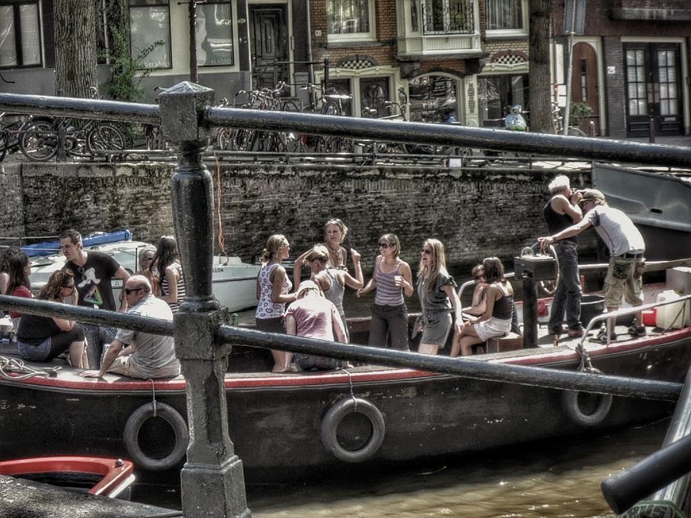 Photo in Street Photography #amsterdam #viagem