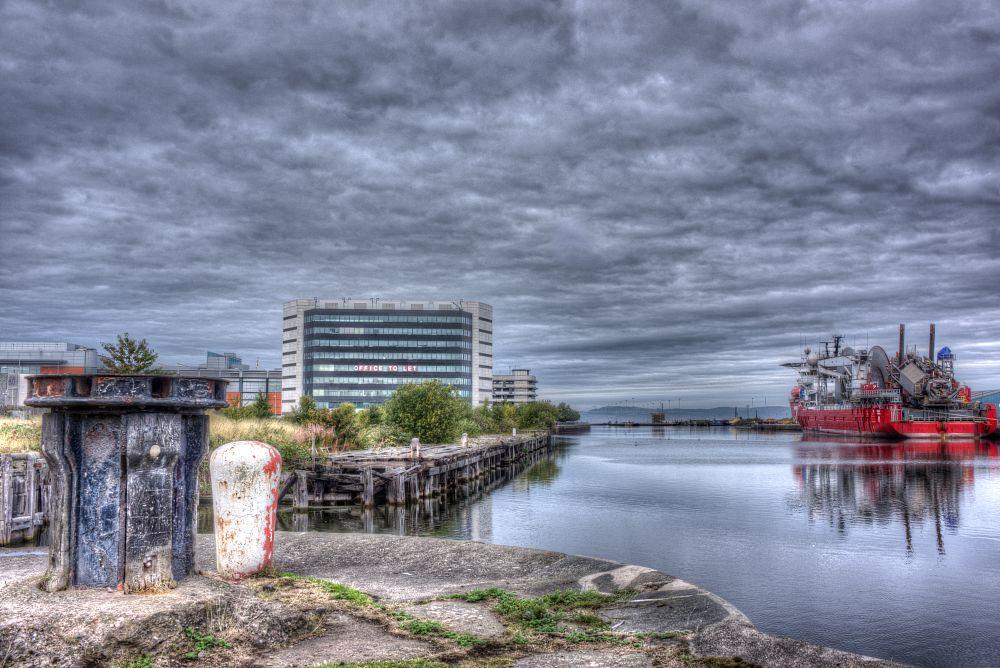Photo in HDRI #offices #building #docks #ship #capstan