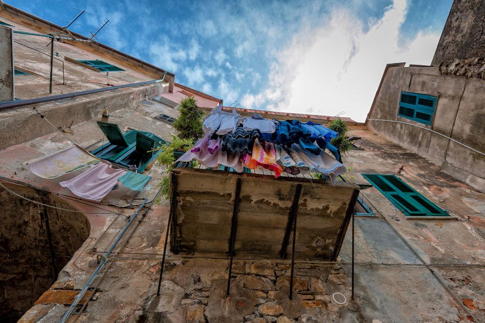 Photo in Travel #wash #balcony #italy #sky #mediterranian #wall #window #cervo