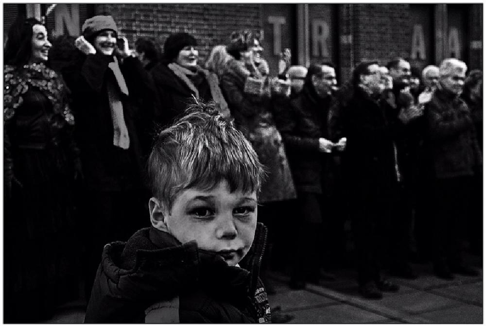 Photo in Street Photography #bambini #felicità #tristezza