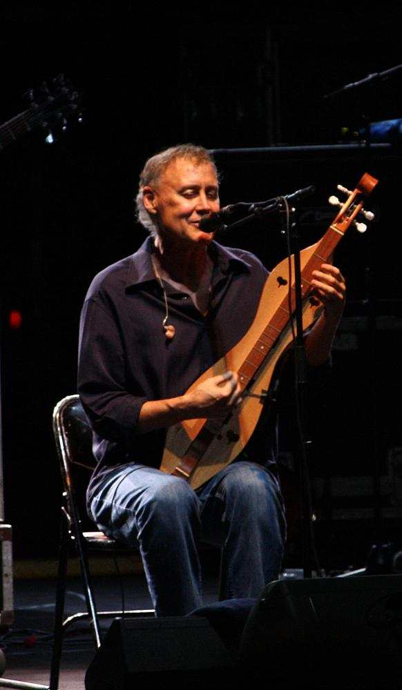 Photo in Celebrities #brucehornsby #mastermusician #awesome