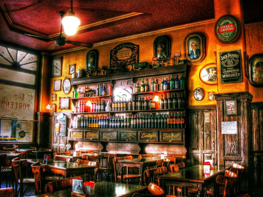 Photo in Urban #argentina #buenos aires #restaurante #food #chair #seats #tables