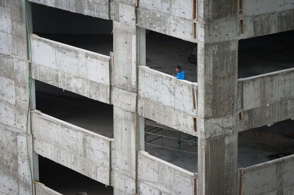 Photo in People #nikon #d700 #construction #building #blue #dxb #dubai