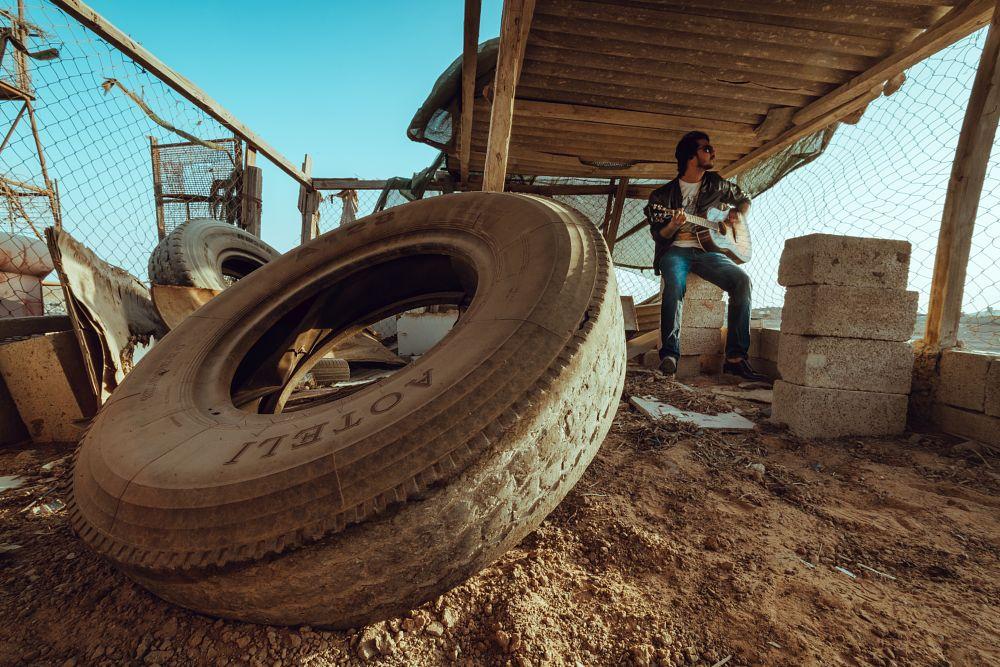 Photo in Fashion #nikon #d850 #guitar #music #ruins #abandon #tyre