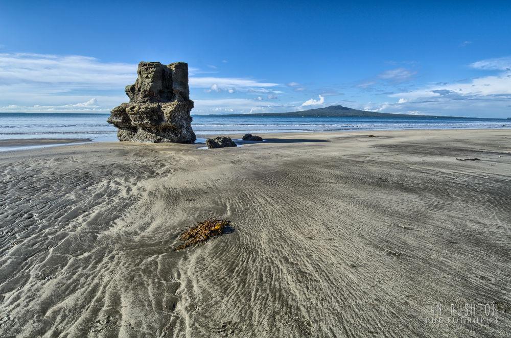 Photo in Random #auckland #takapuna #rangitoto #beach #sea #sand