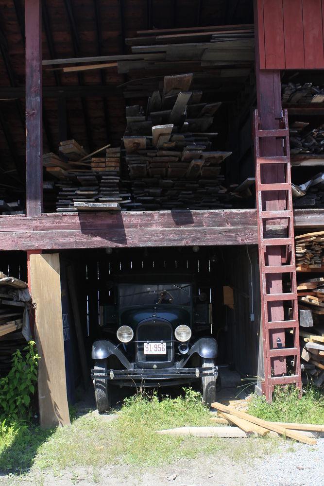 Photo in Random #old car #lumber