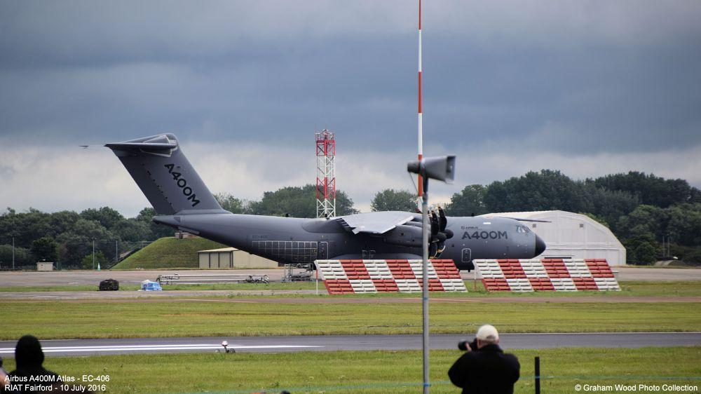 Photo in Vehicle #airbus a400m atlas - ec-406 #airbus #airbus a400m #airbus a400m atlas #a400m #ec-406 #atlas #riat #fairford