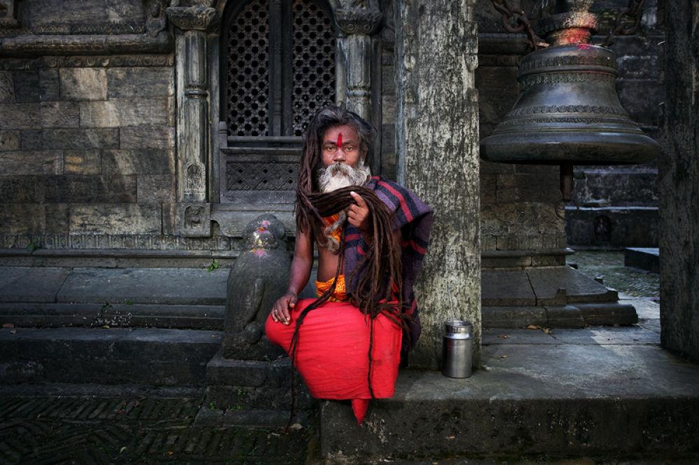 Photo in Random #sadhu #baba #holy man #hinduism #yogis #temple #dreadlocks #jata #aghora #culture #shiva #pashupatinath #kathmandu #nepal #travel #people #ypa2013