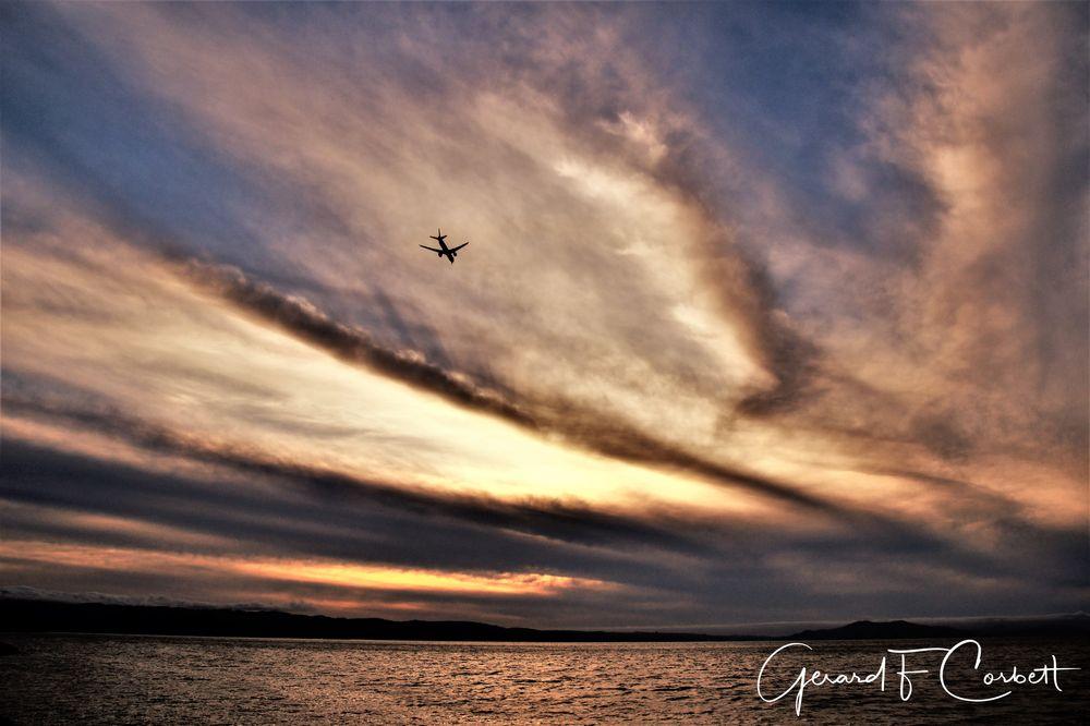 Photo in Landscape #sunset #cloudscape #flightpath #westernridge #sanfranciscobay #fostercity #baytrail