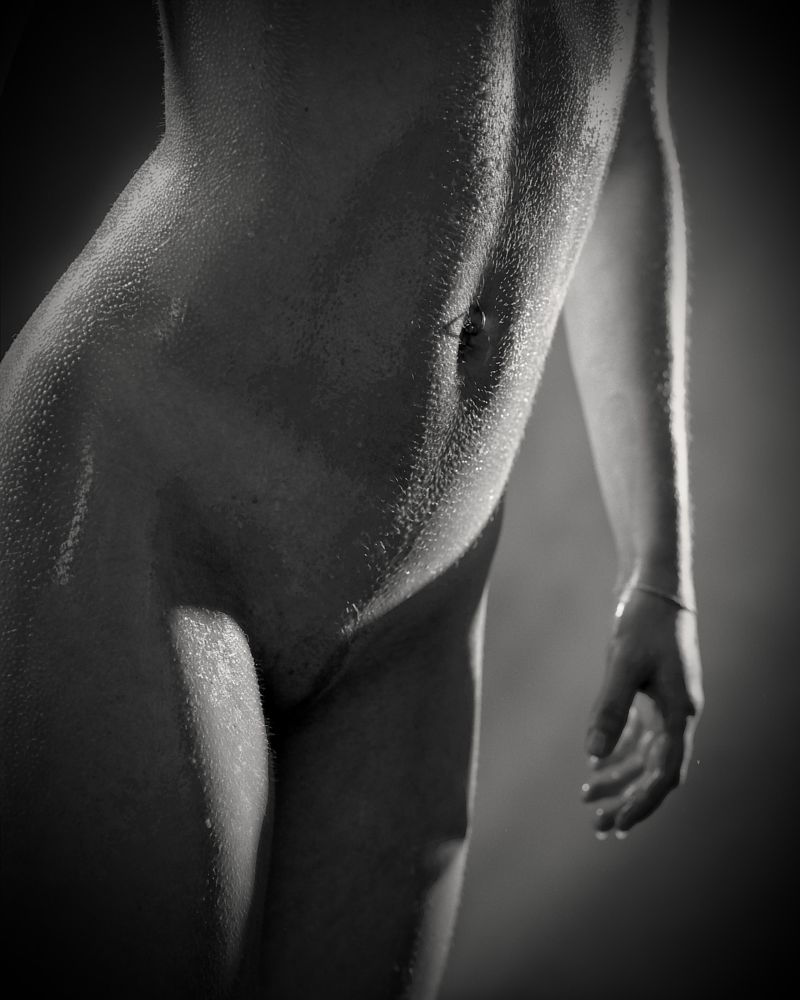 Photo in Nude #nude #piersing #shadow #details #hips #vulva #fit