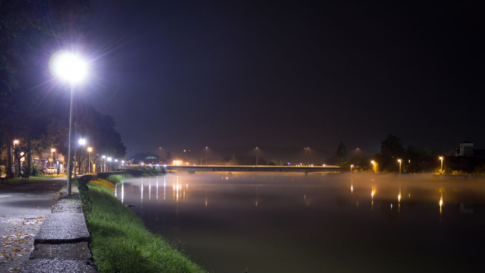 Photo in Urban #town #city #karlovac #croatia #europe #canon #river #kupa #water #light #urban #street