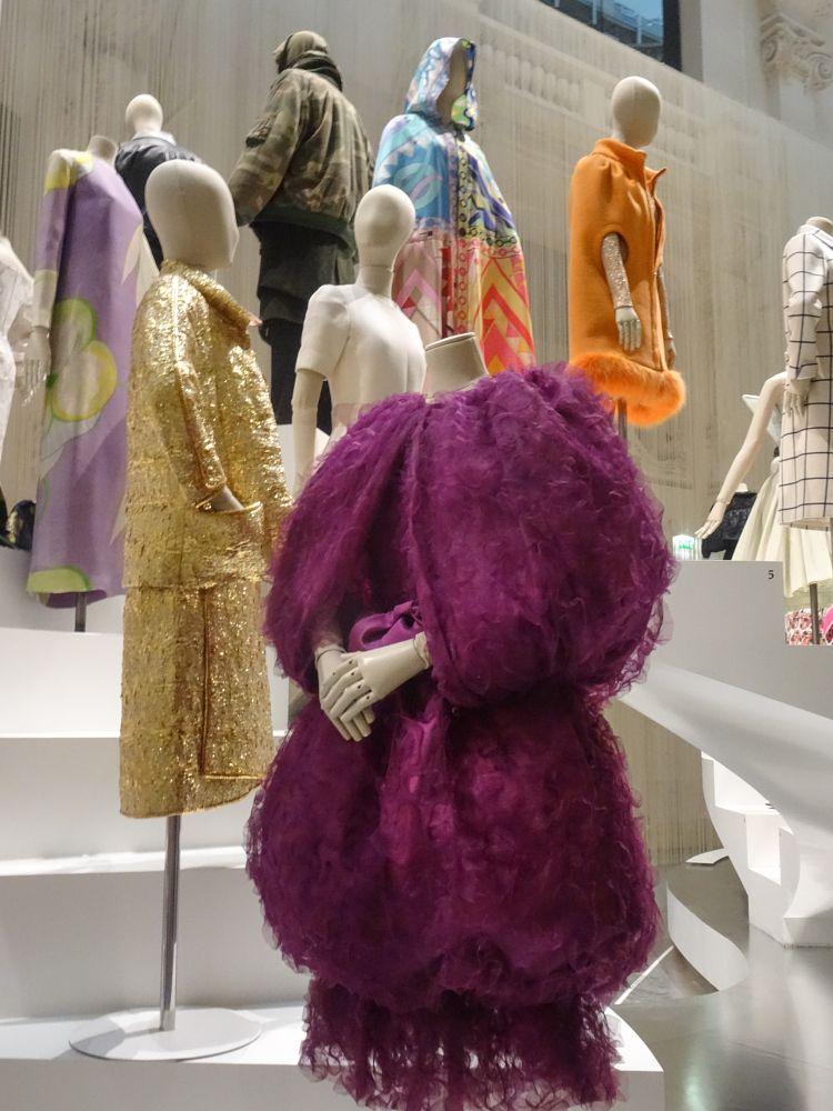 Photo in Fashion #fashion #paris