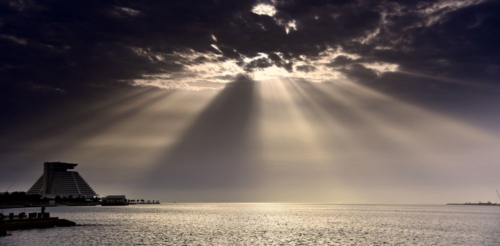 Photo in Nature #nature #sunrays #clouds #waterscape