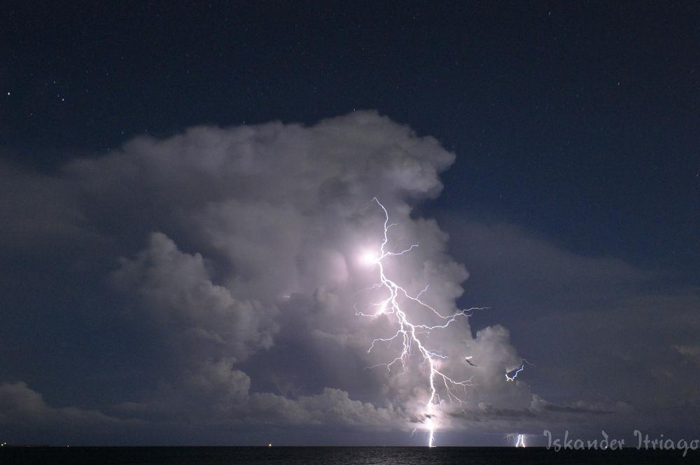 Photo in Random #storm #electric #cloud