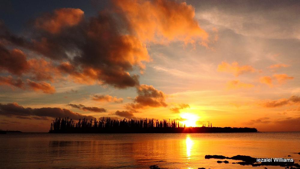 Photo in Landscape #hawk spirit #sunset #isle of pines sunset #iezalel williams sunset #south pacific sunset #seascape sunset #new caledonia sunset