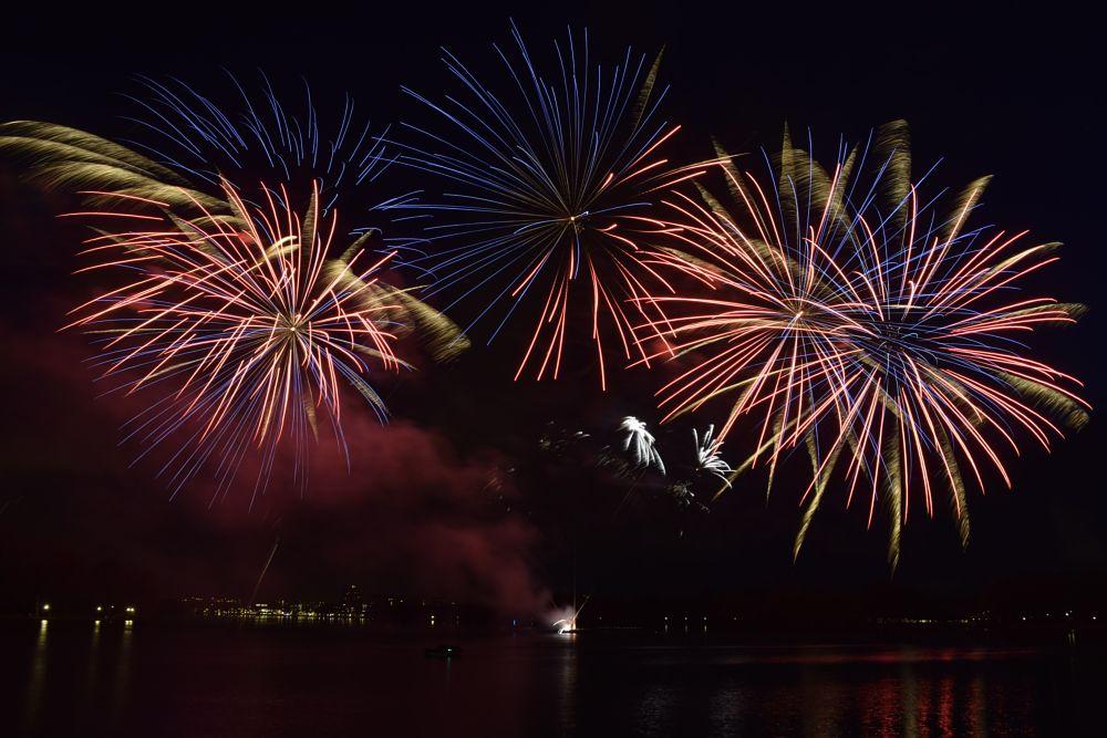 Photo in Cityscape #fireworks #vuurwerk #amsterdam #kingsday #koningsdag #sloterplas #sloterpark #nieuw west #nederland #the netherlands