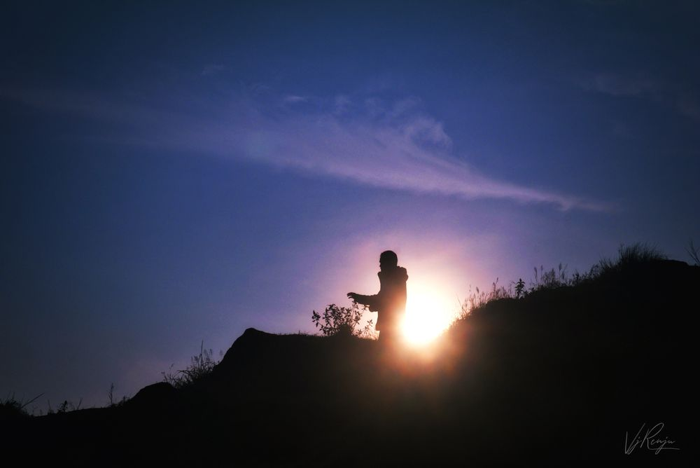 Photo in Nature #morning #man #sunrise #silhouette #sky #nature