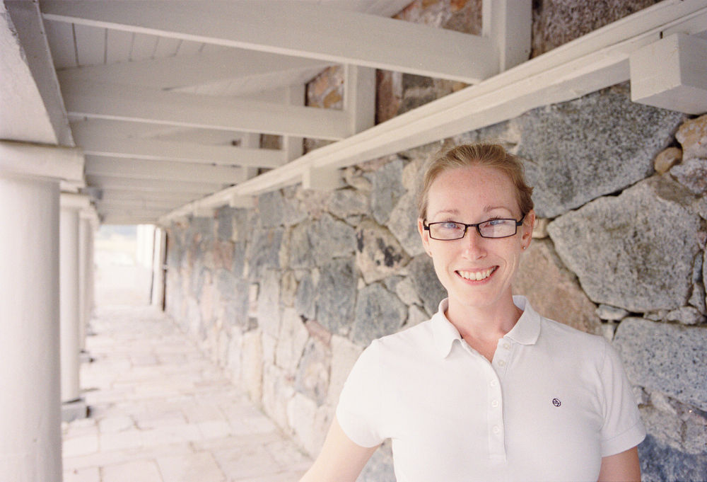 Photo in Portrait #leica mp #portra 400 #woman #glasses #rosersberg