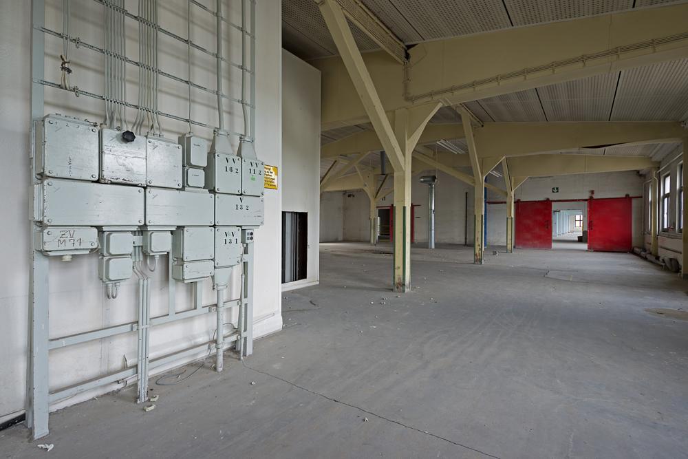 Photo in Urban #door #tür #tor #gate #red #rot #factory #fabrik #leer #empty #abandoned #verlassen #lost #urbex #urban exploring #urban exploration #architektur #architecture
