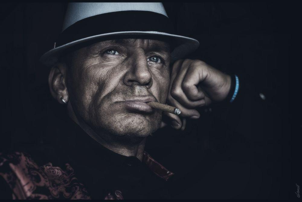 Photo in Portrait #nikon #portraitfacevisagegesichter