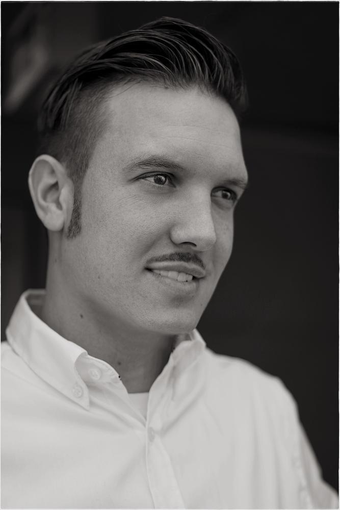 Photo in Portrait #portrait #face #visage #gesichter #man #men #mann #sony #photoart #sw #b&w #b&w #portraits #gesicht