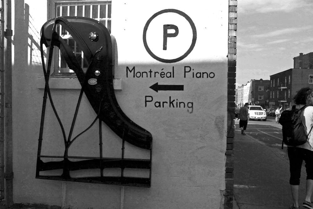 Photo in Random #street photography #travel #montreal #humor