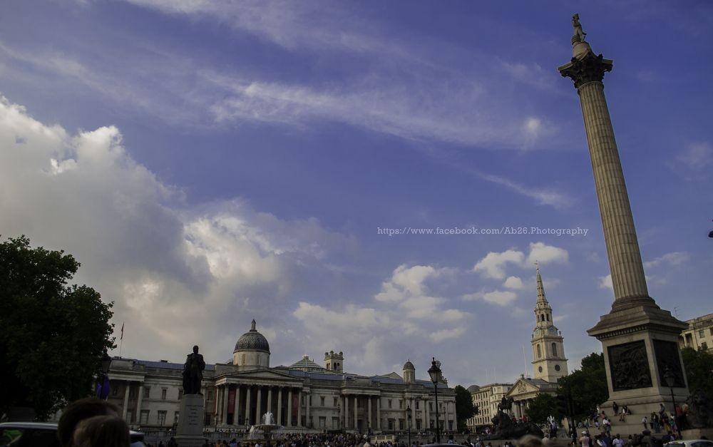 Photo in Architecture #nikon #d5000 #trafalgar square #london #uk #travel