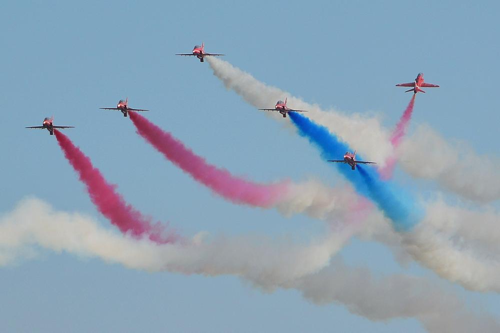 Photo in Random #red arrows #display team #flight #british #hawks #airbourne