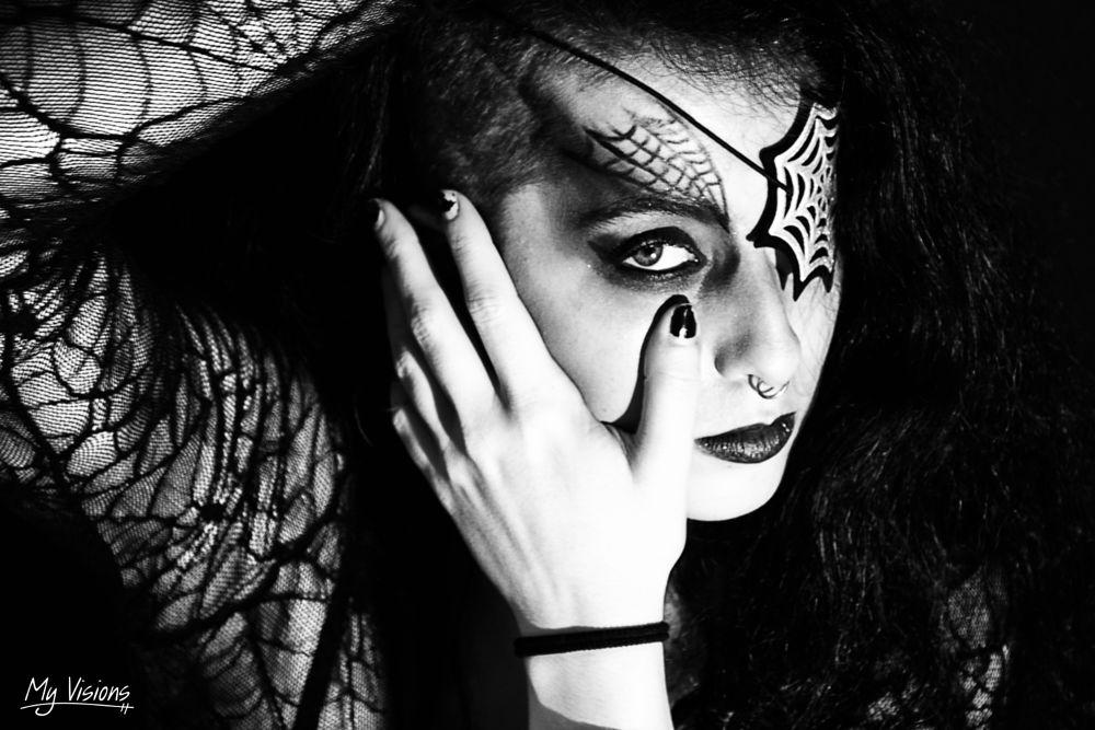Photo in Portrait #myvisions #portrait #spider #black&white #monochrome #hand #eye