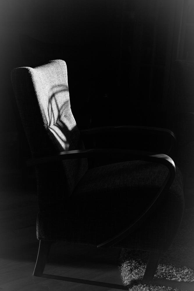 Photo in Black and White #old chair #b&w #naturallight