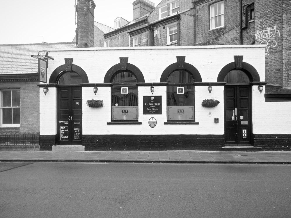 Photo in Architecture #cambridge #pub #inn #smallest #black and white #england