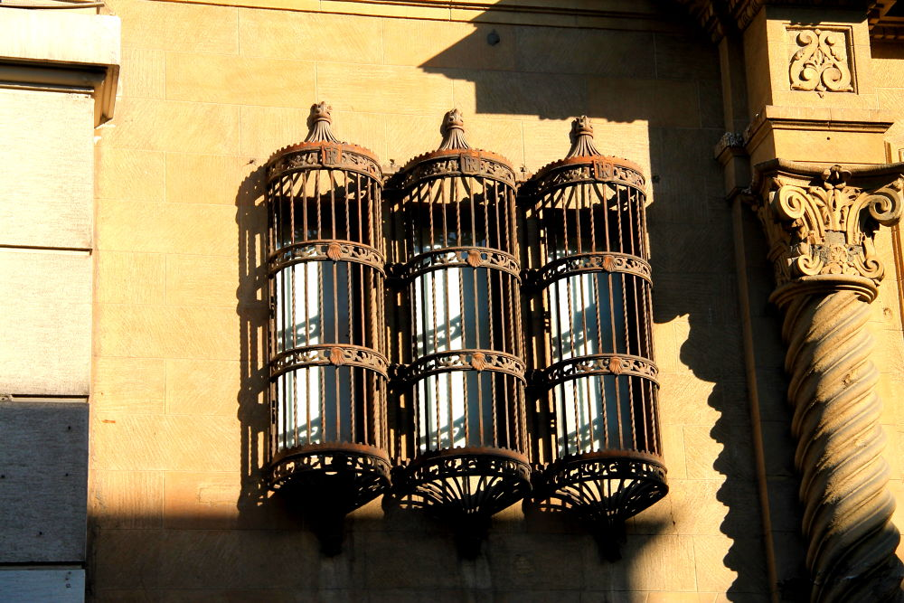 Photo in Cityscape #santiago #chile #street photography #cityscapes #windows #rust art