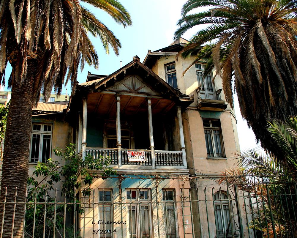 Photo in Urban #santigo #chile #urban #street photography #cityscape #decayed