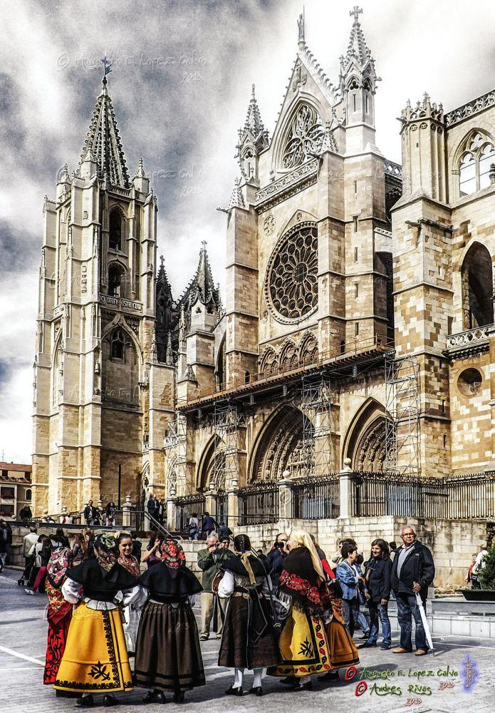 Photo in Architecture #catedral #cathedral #león-españa #tradición