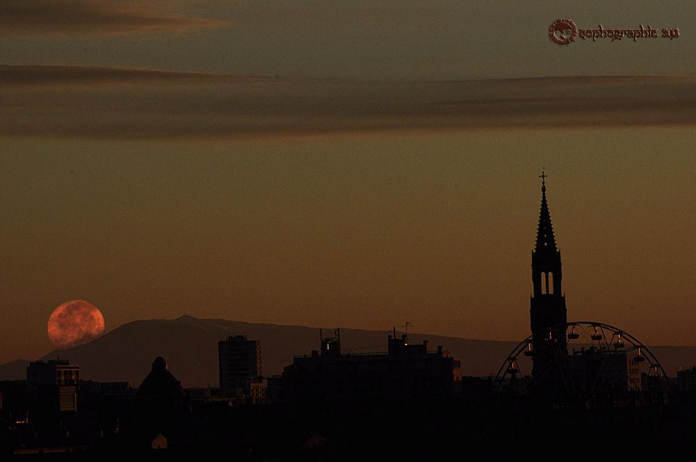 Photo in Urban #l'aube de ma fenêtre https://f