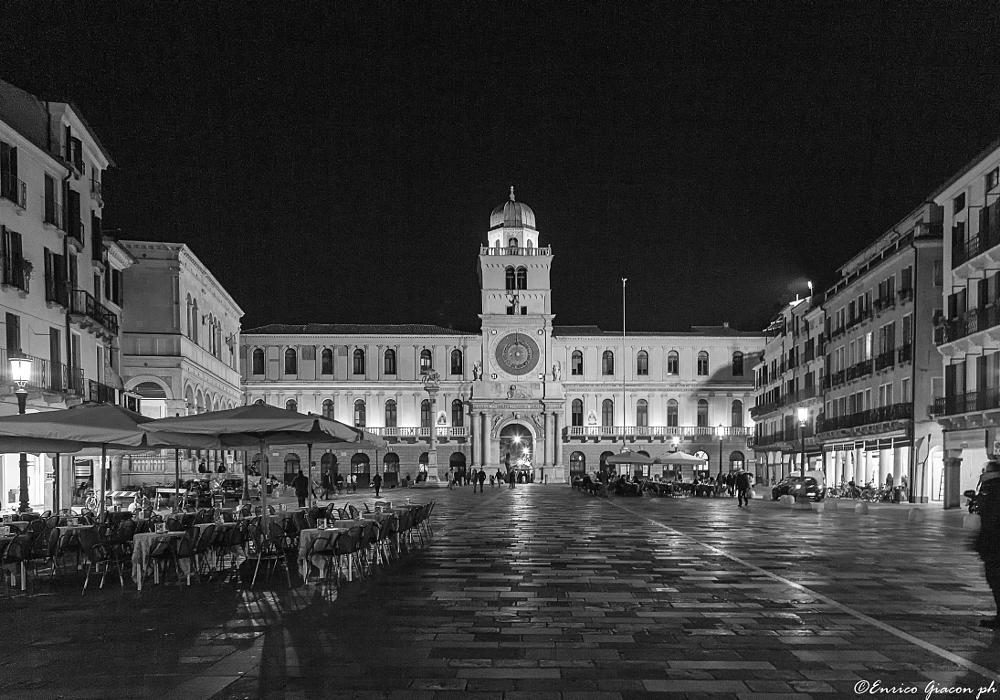 Photo in Black and White #5d #24-105 #padova