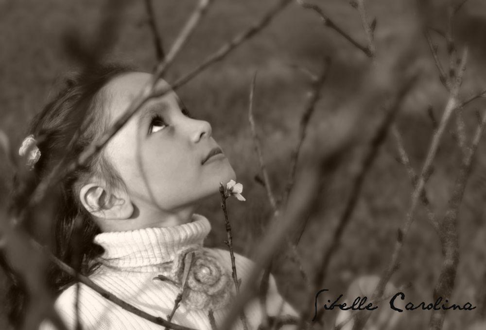 Photo in Black and White #preto e branco #criança #natureza #abstrato #romantico #paisagem