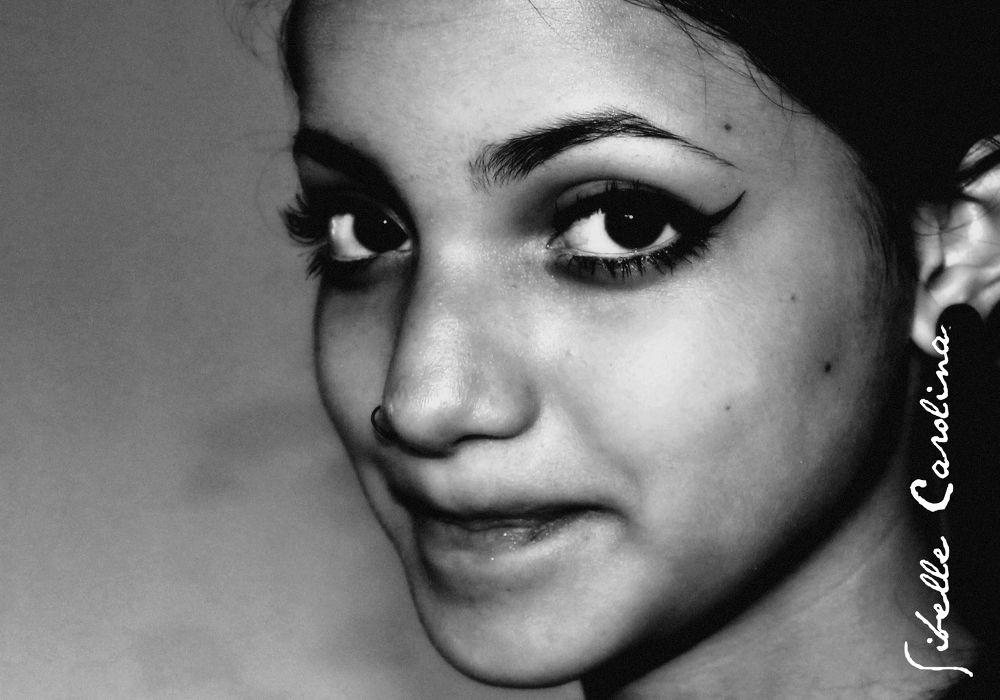 Photo in Black and White #moça #olhar #preto e branco #atualidade #adolescencia