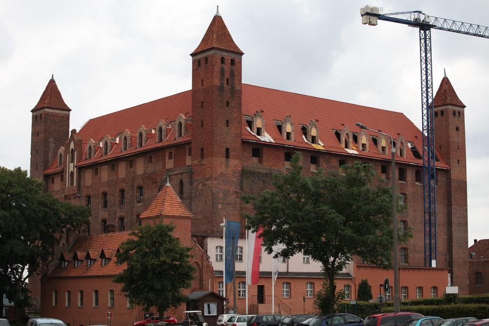 Photo in Random #architecture #poland #castel #canon 5d