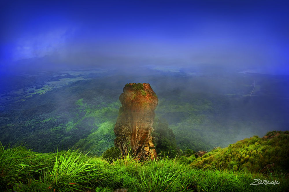 Photo in Landscape #natural structure #moutnain #nature #pico de loro #mt pico de loro #zernan mataya
