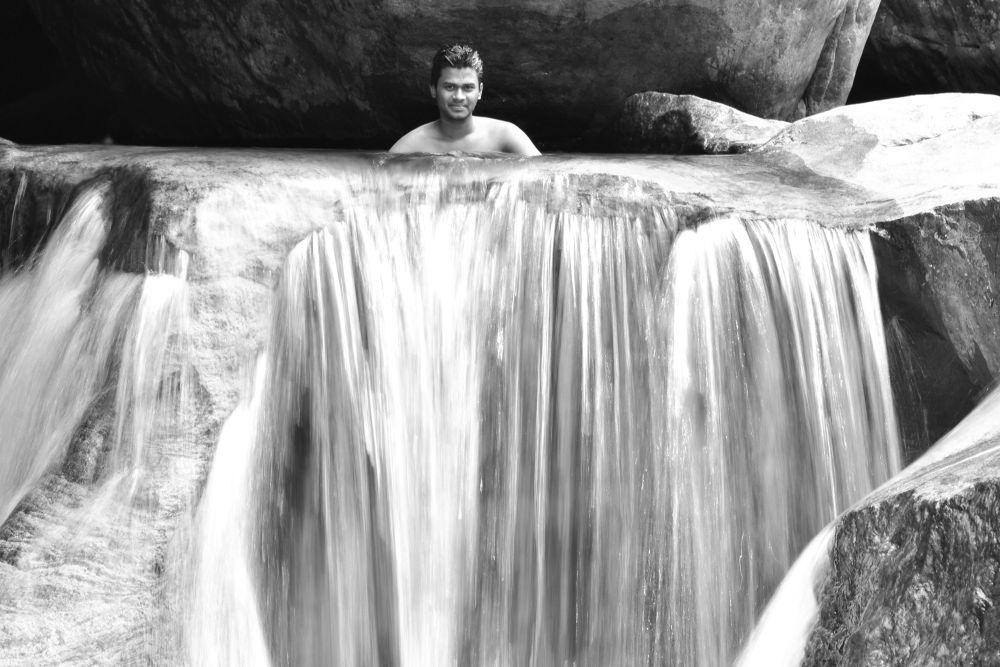 Photo in Random #bath #river #swim #rocks