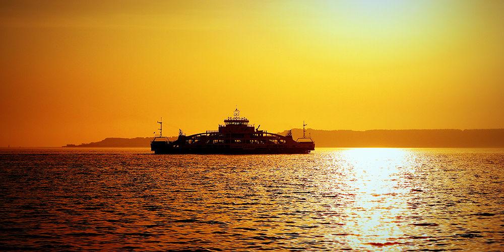 Photo in Nature #sunrise #rise #sun #shipping